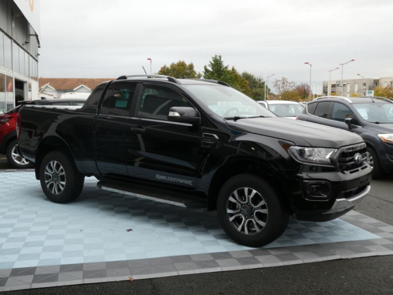 Photo 3 de l'offre de FORD RANGER SUPER CAB 2.0 TDCI 213 BVA10 4WD WILDTRAK Cover Pack Tech. à 39450€ chez Mérignac auto