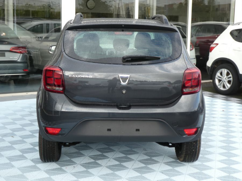 Photo 7 de l'offre de DACIA SANDERO BlueDCi 95 STEPWAY Camera (4 Options) à 15890€ chez Mérignac auto